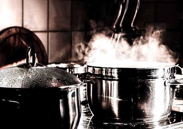 Indukcijske kuhalne plošče